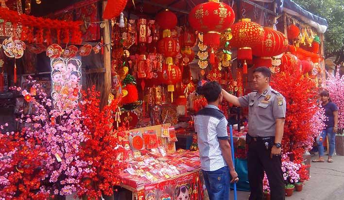 Aroma Tionghoa di Asemka