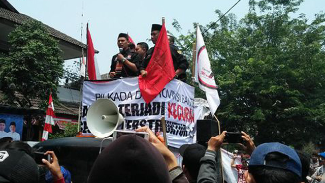 Demo Pendukung Rano
