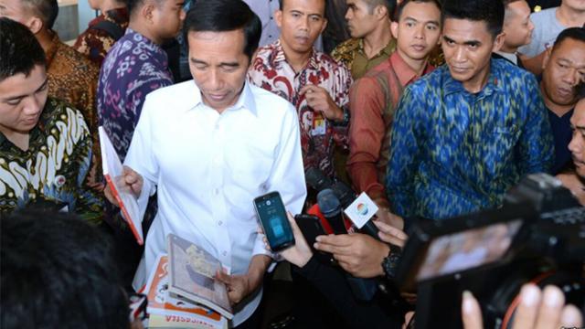 Jokowi nge-Mall