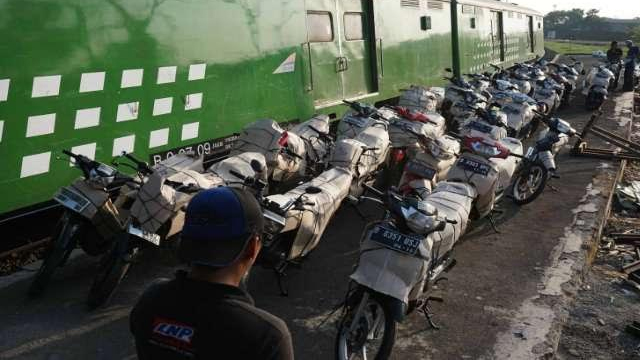Motis, Angkut Motor Gratis