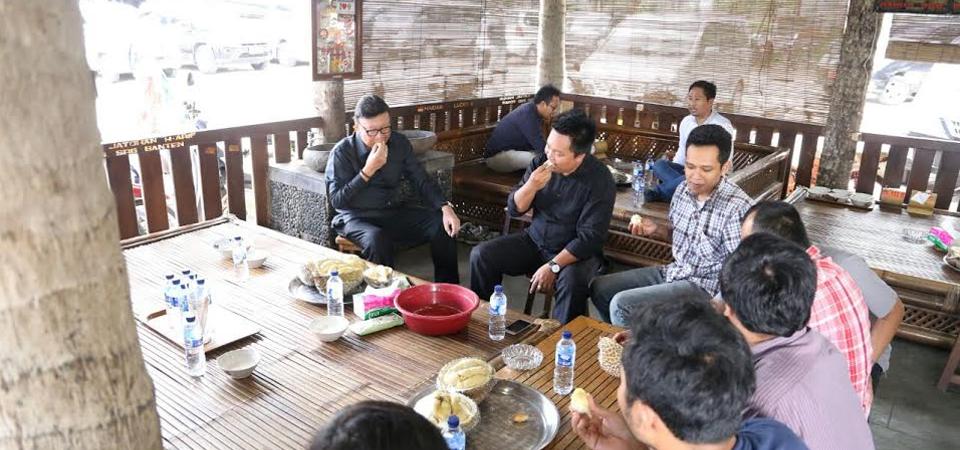 Cuci Tangan Sambil Merem, Bau Durian pun Hilang