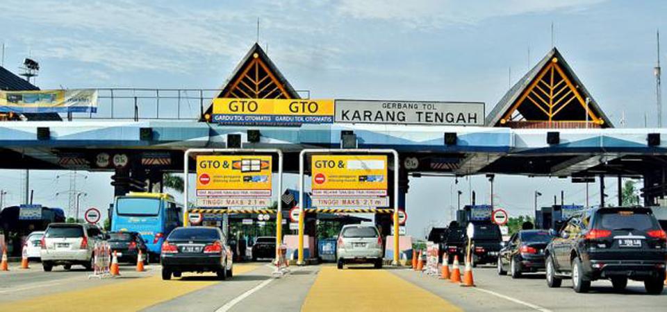 Gerbang Tol Karang Tengah Ditutup