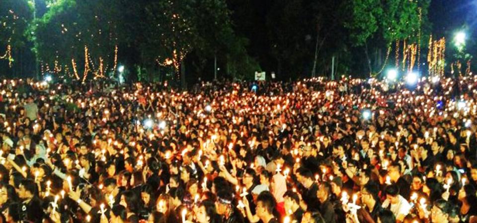 Ribuan Warga Palangkaraya Sesaki Tugu Soekarno