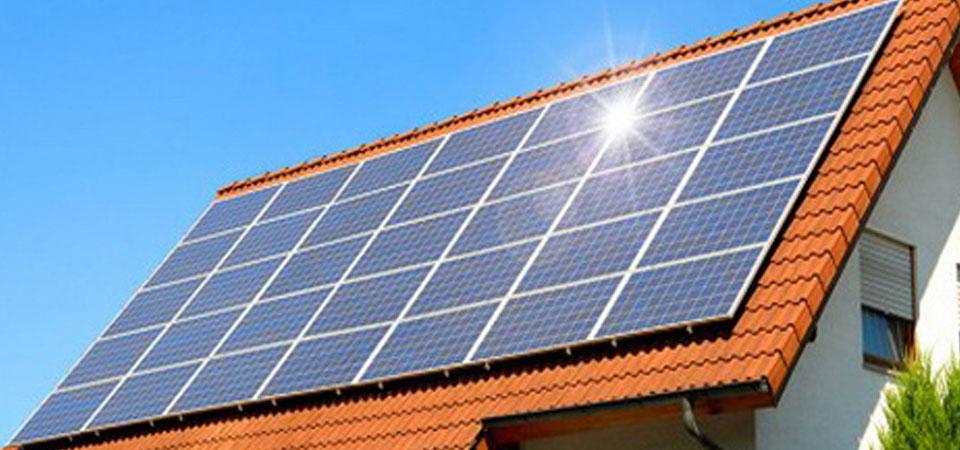 Energi Terbarukan: China Pimpin Ekspansi Energi Surya