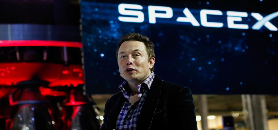 Demi Efisiensi, Elon Musk Kecilkan Ukuran Roket Mars Space