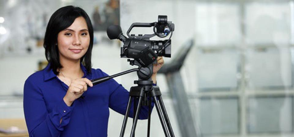 Livi Zheng Garap Film di Sukabumi