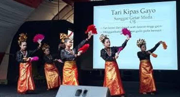 Gelar Tari Nusantara di Taman Mini Indonesia Indah