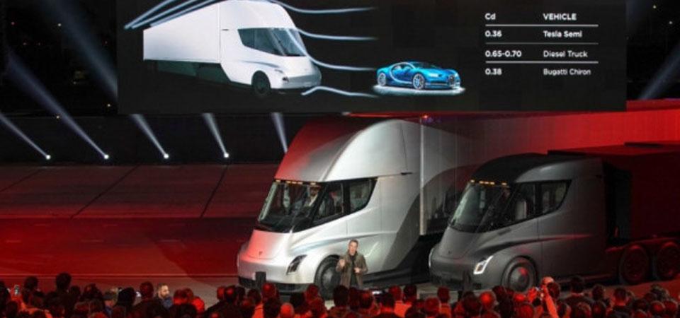 Tesla Rilis Rruk Listrik Berdaya Rempuh 804 km untuk Tiap Isi Daya
