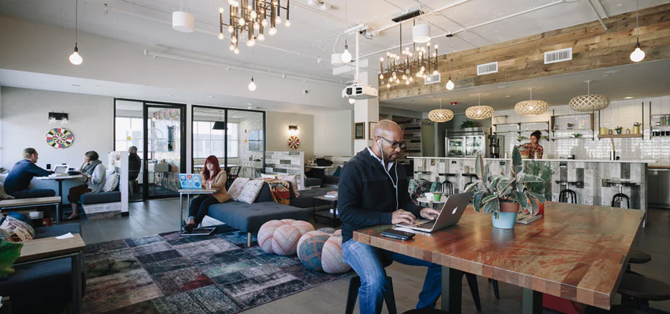 Coworking Space: Nyaman, Anti-Macet dan Kekinian