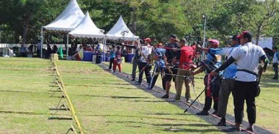 Kejuaraan Panahan di Summarecon Mall Bekasi