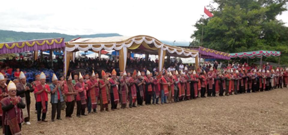Silalahi Setanah Air, Berkumpul di Samosir