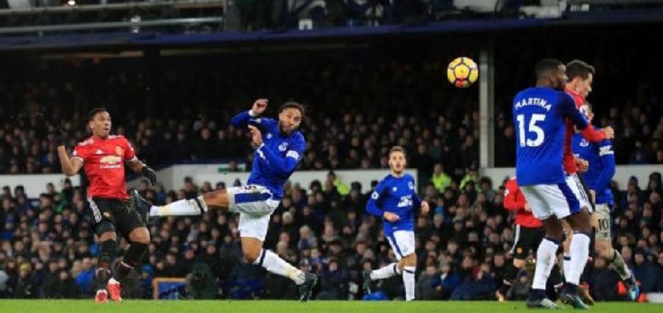 MU cetak kemenangan perdana 2018, taklukkan Everton 2-0