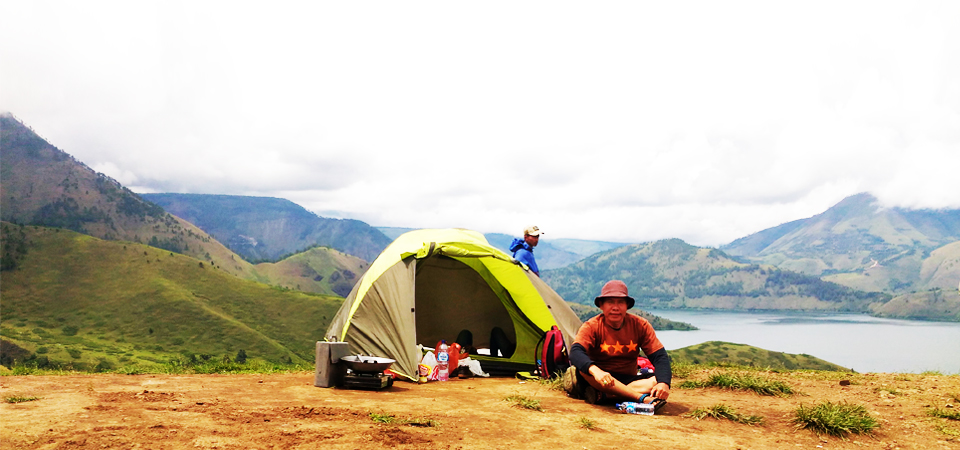 Pre-Wed di Bukit Cinta, Camping di Holbung Sipege