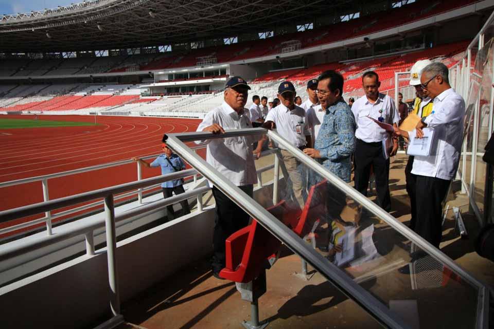 Menteri PUPR Menangis Lihat Penonton Rusak Stadion Utama GBK