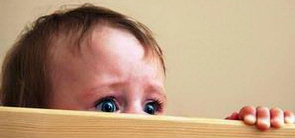 Apa Sih Pengaruh Suka Menakut-nakuti Anak?