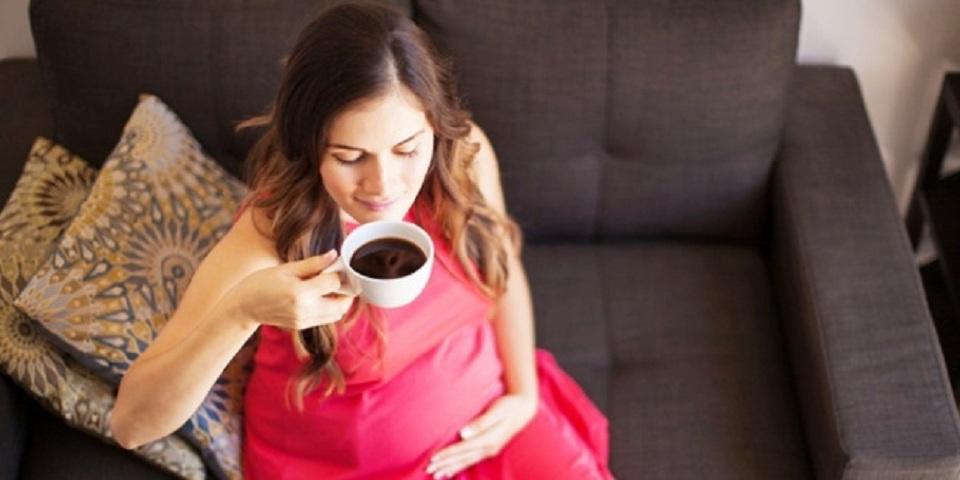 Ngopi dan Kafein Bikin Ibu Hamil Lahirkan Anak yang Kelebihan Berat Badan