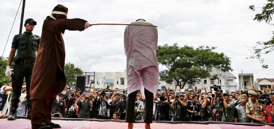 Aceh akan Hentikankan Hukuman Cambuk di Depan Publik