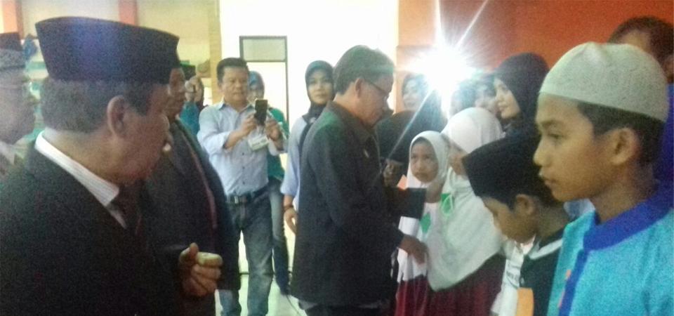 Baraya Pandeglang dan Baznas Sukses Santuni 1.000 Anak Yatim