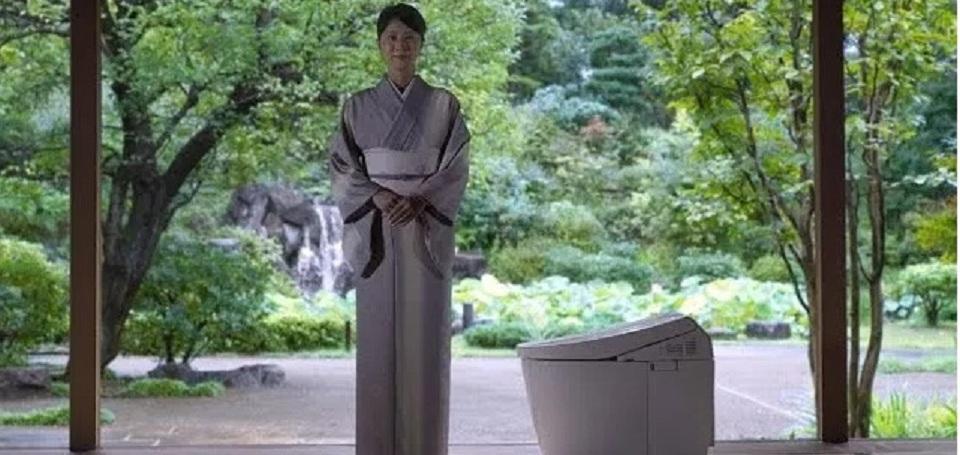 Jepang Menawarkan Bantuan China dengan 'Revolusi Toilet'