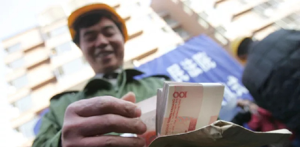 China Permalukan Para Penunggak Utang dengan Tayangan di Videotron