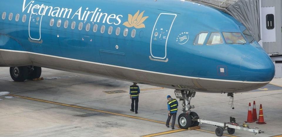 Pesawat Angkut 200 Penumpang Mendarat di Landasan yang Salah