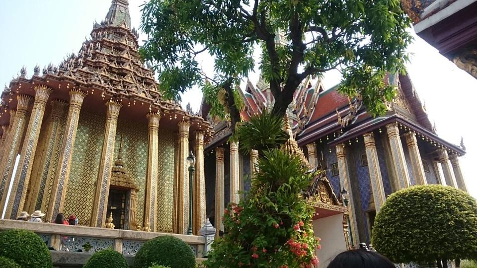 Grand Palace, Istana Raja yang Spektakuler
