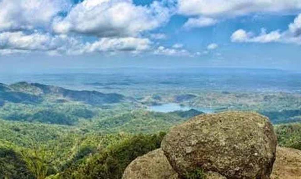 Lepas Pandang di Gunung Ijo Purworejo