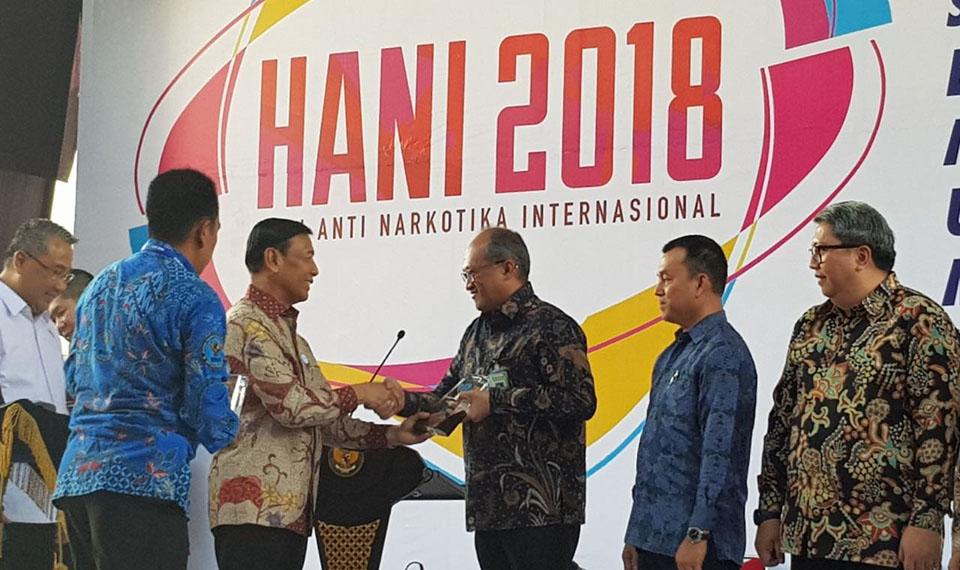 Citilink Terima Penghargaan BNN pada Hari Anti Narkoba Internasional 2018