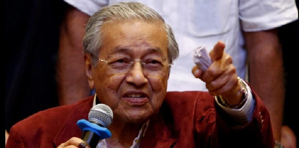 Dr Mahathir: Jika Anda tidak menggunakan otak Anda,…… Anda menjadi pikun