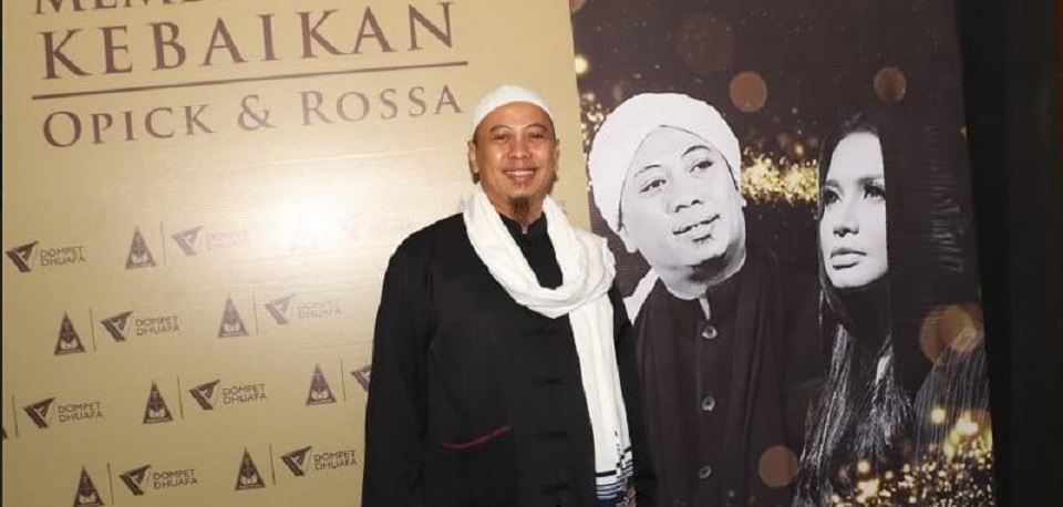 Opick Gandeng Rossa Gelar Konser Amal  Bangun RS Hasyim Asy'ari