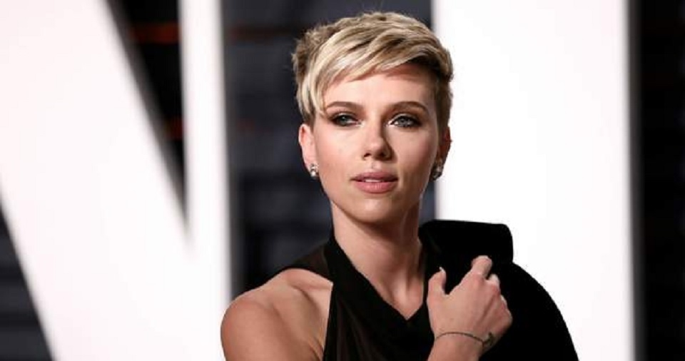 Scarlett Johansson Putuskan Keluar dari Proyek Film 'Rub & Tug'
