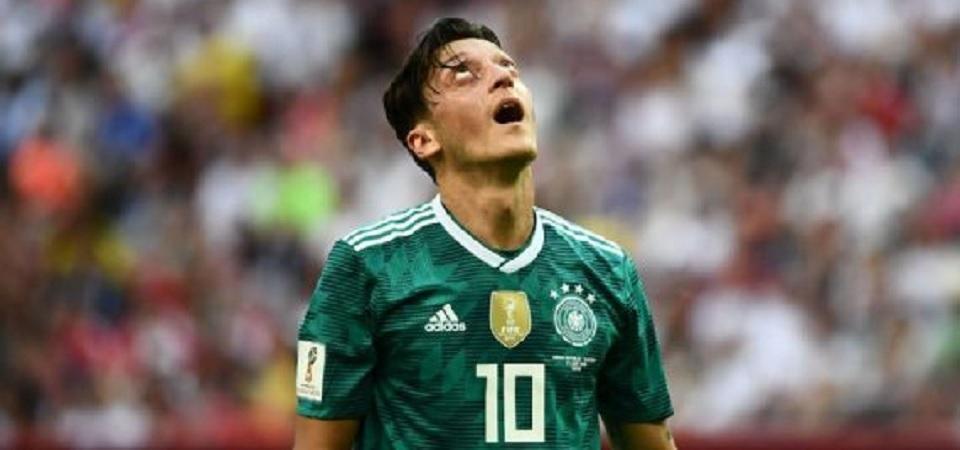 Dikambinghitamkan, Özil diminta tinggalkan skuad nasional Jerman