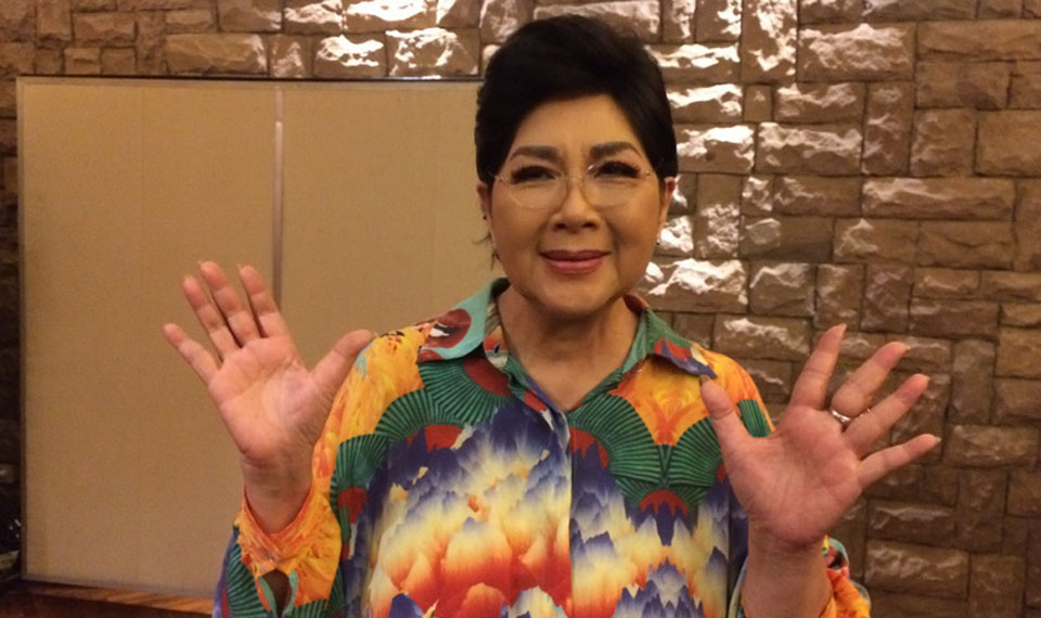 Eyang Titiek Puspa Tampil Sebagai Host di 'Pesta Sahabat' 2018