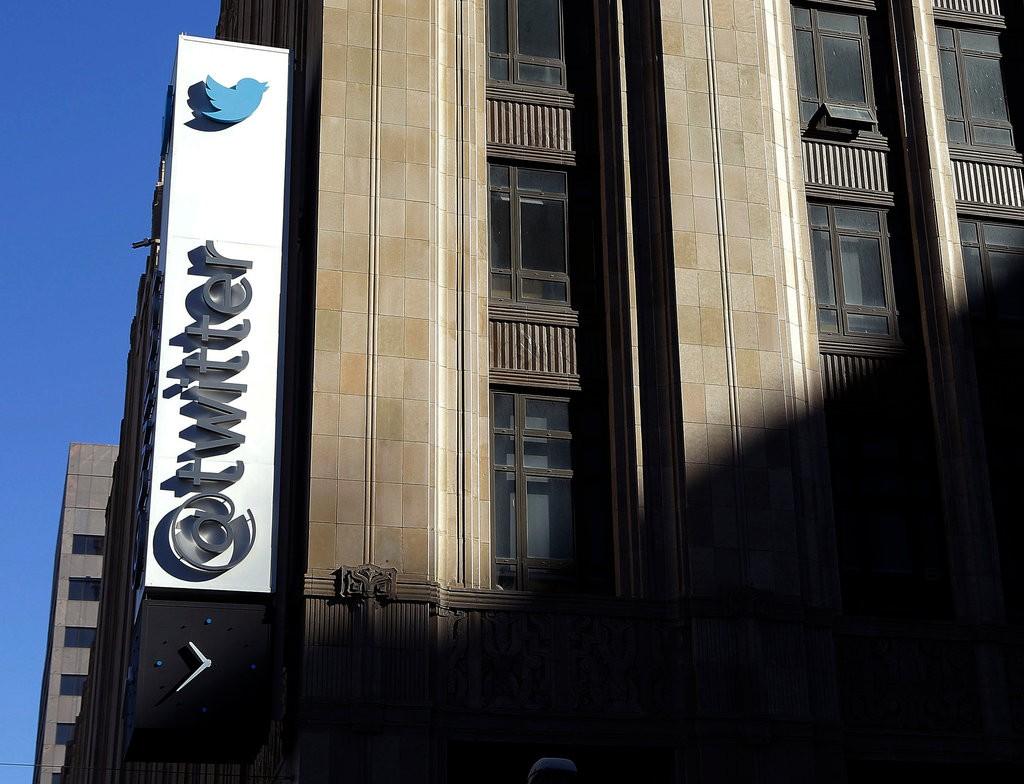Perangi Akun Palsu, Twitter ke 'Cut' Jutaan 'Followers'