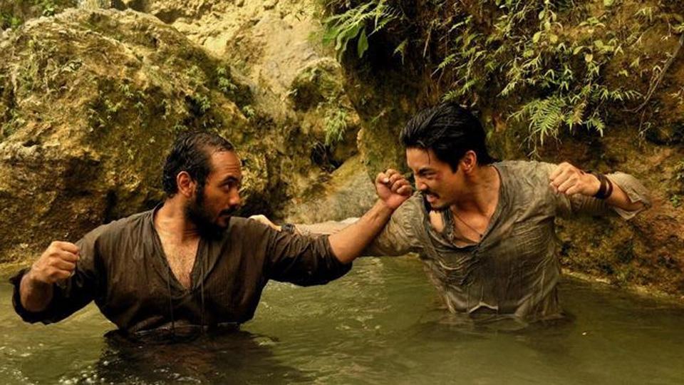 Yoshi Sudarso Belajar Bahasa Indonesia Lagi di Film 'BUFFALO BOYS',