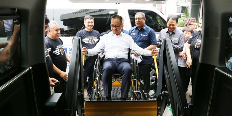 Mensos Resmikan Mobil Akses Atlet Asian Para Games