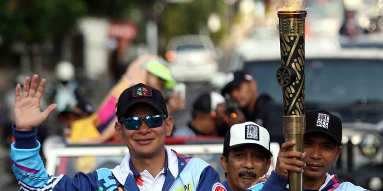 Hari Ini Api Obor Asian Para Games Lalui Garis Khatulistiwa