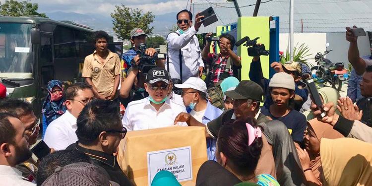 DPR dan DPD RI Beri Bantuan untuk Korban Gempa Tsunami Sulteng