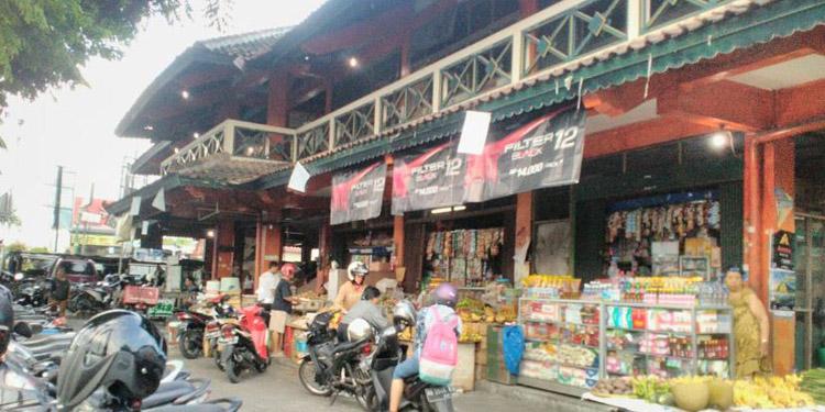 Ada Sate Ayam Kampung di Pasar Gading