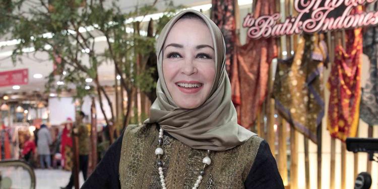 Chintami Atmanagara Pelajari Batik Lasem