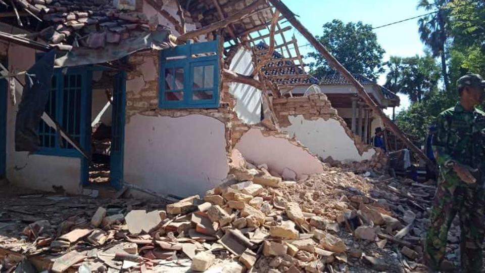 Gempa 6,3 SR di Situbondo, 3 Meninggal