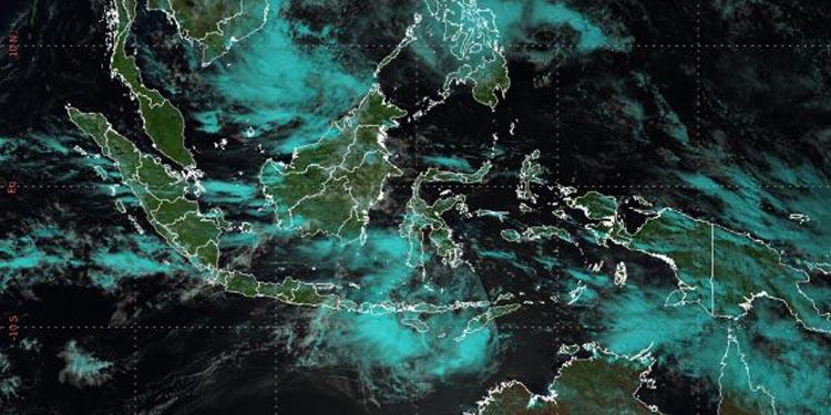 Ini Daerah-daerah Berpotensi Hujan Lebat, Gelombang Tinggi dan Angin Kencang