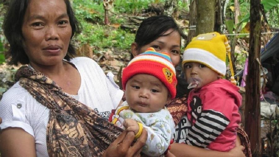 Dilema Pengungsi Tsunami: Apa Boleh Buat, Pisang Mentah pun Dimakan