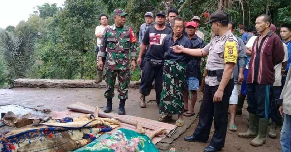 Longsor Renggut Nyawa Satu Keluarga di Buleleng