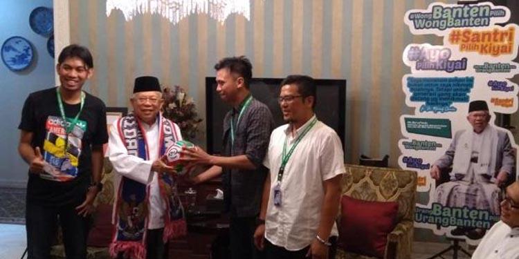 Didatangi Bobotoh, KH Ma'ruf Amin Ngaku Penggemar Persib Bandung