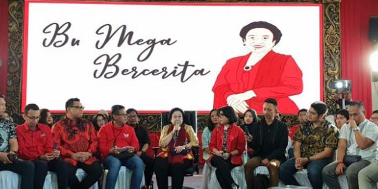 Menitikkan Air Mata, Megawati Cerita Soal Janjinya Ke Soekarno