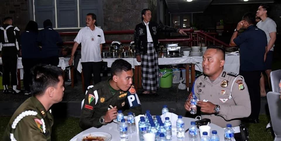 Jokowi, Angkringan dan Optimisme Menatap 2019