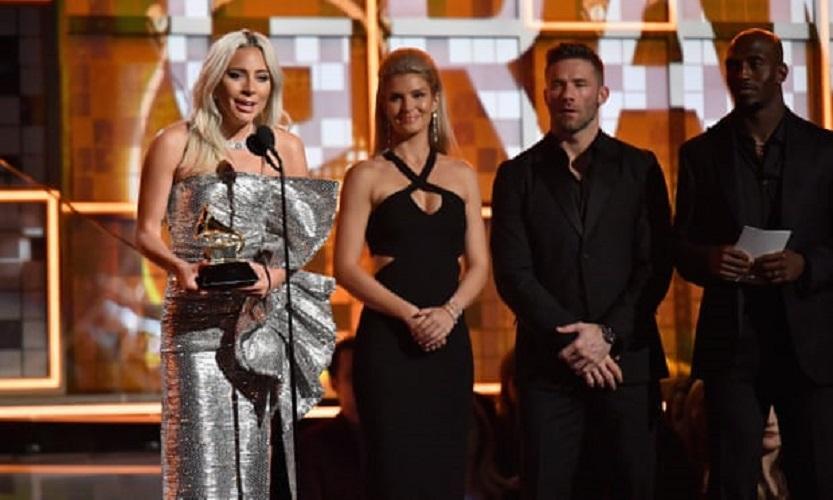 Lady Gaga Rebut Tiga Grammy Award