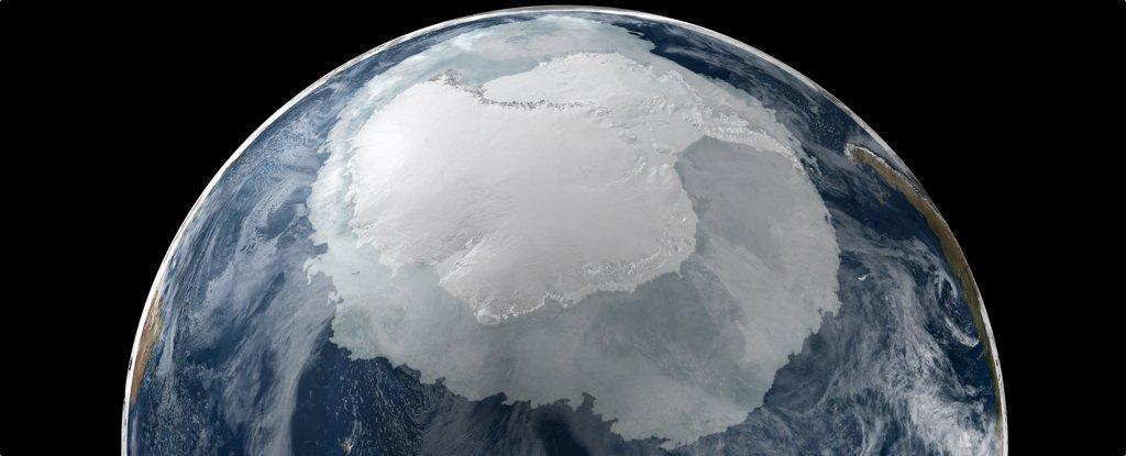 Pemanasan Global Cairkan Es Antartika Dalam Volume Menakjubkan