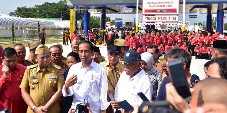 Resmikan Tol Trans Sumatera, Hasto: Jokowi Tembus Kebuntuan